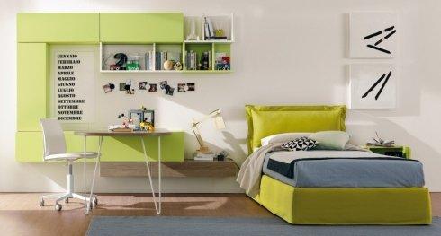 cameretta con mobili verde acido, letto verde acido, pensili verde acido