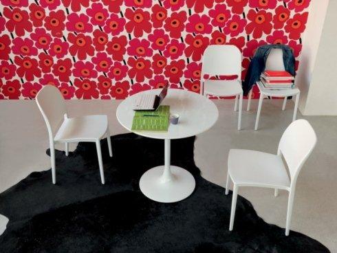 Da abbinare ai tavolini, troverete in negozio le sedie Toby Yuki.