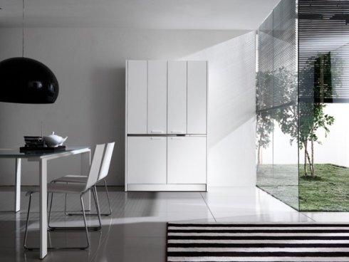 Il nostro showroom propone i mobili per soggiorni e cucine Monopoli Zaid.