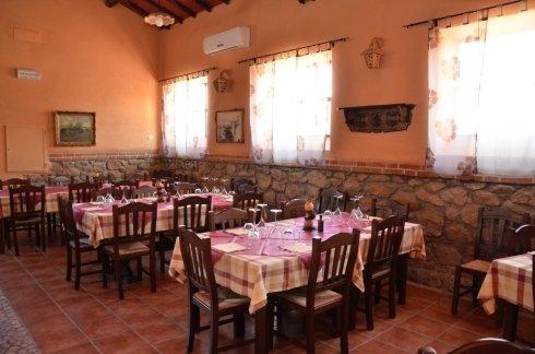 Sala interna della bisteccheria Alan Farm