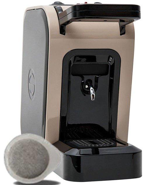 macchina del caffè color beige