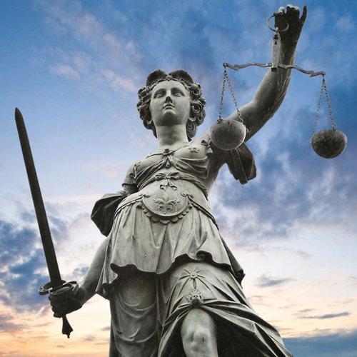 raffigurazione di protettore della giustizia