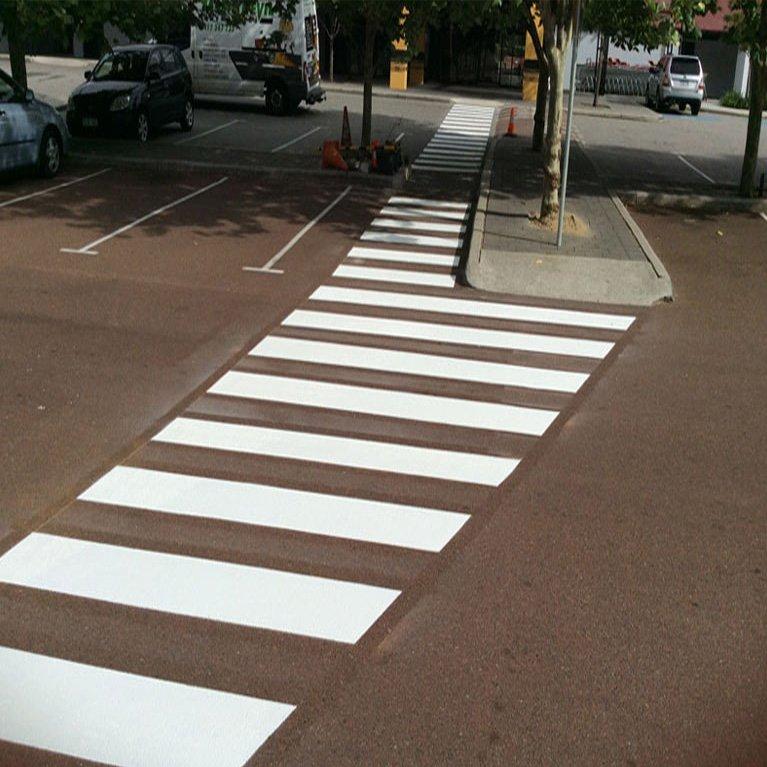 tassie-devil-line-crossing