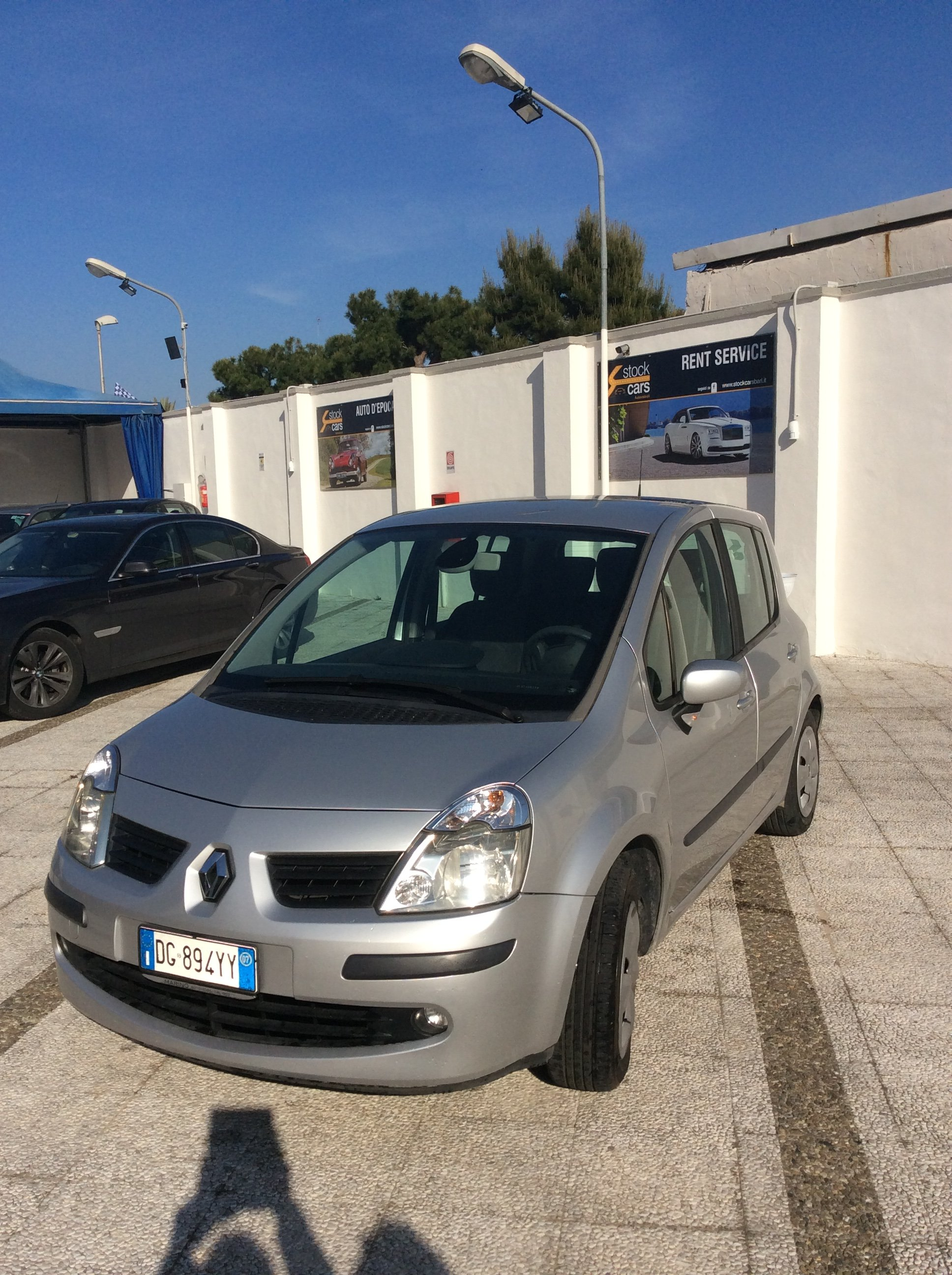 fronte laterale renault modus