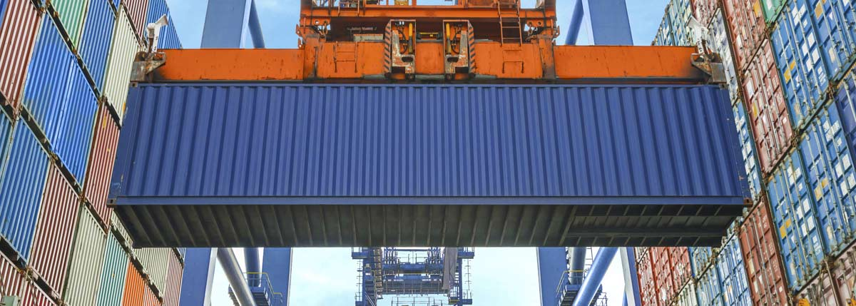 Freight forwarding containers near North Brisbane
