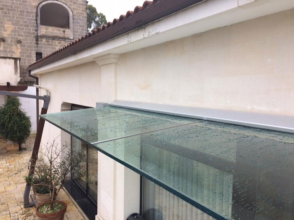 Pensilina in vetro presso Vetreria Ciullo a Ruffano, LE