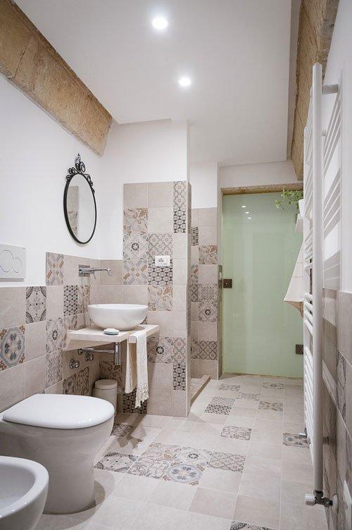 Arredo bagno e complementi d'arredo presso Vetreria Ciullo a Ruffano, LE