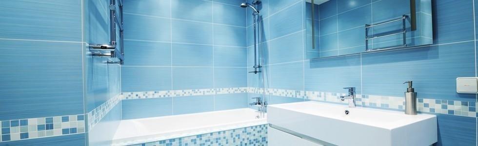 Arredo bagno: mobili e rubinetterie