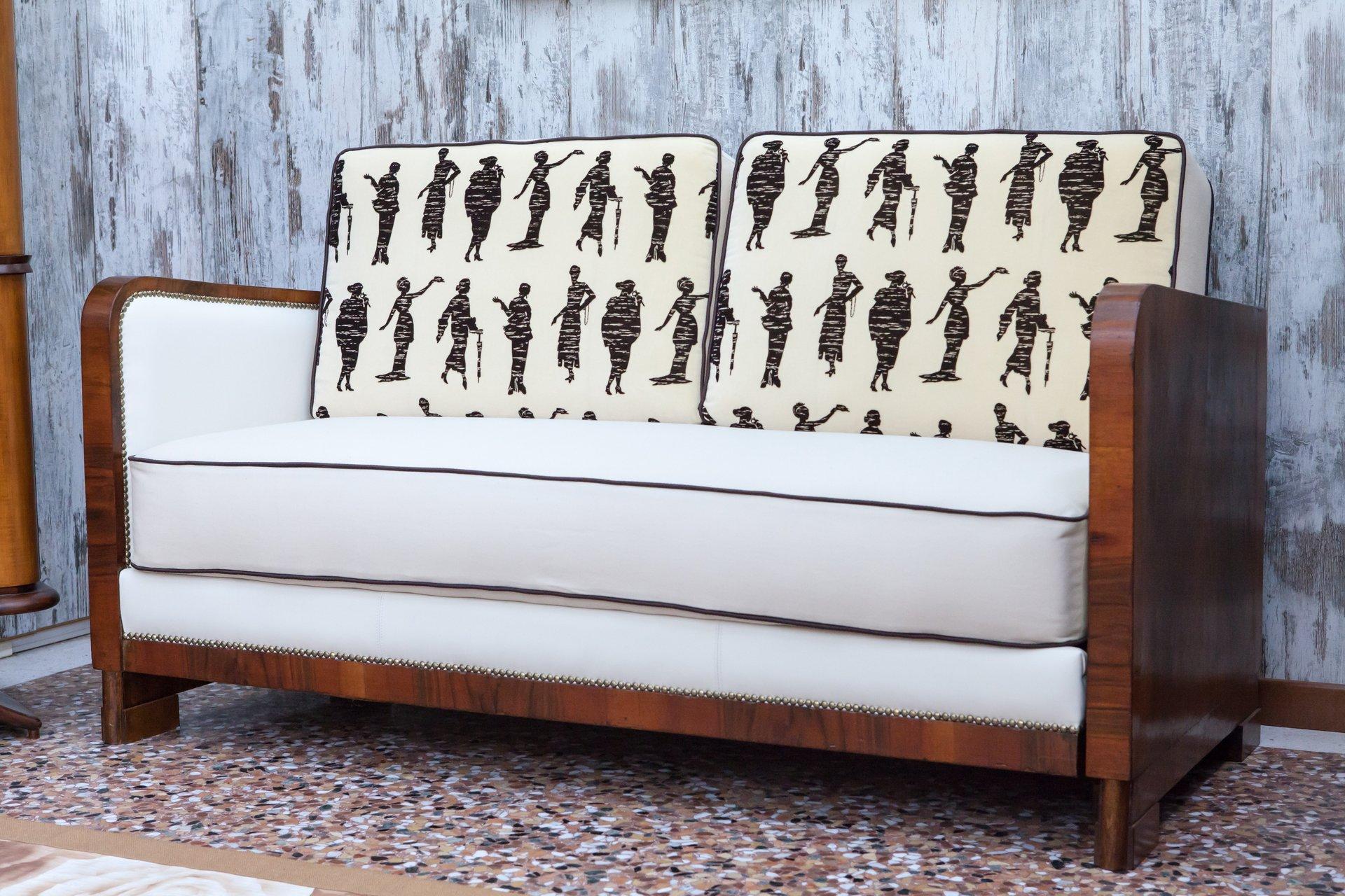 divano rétro in legno