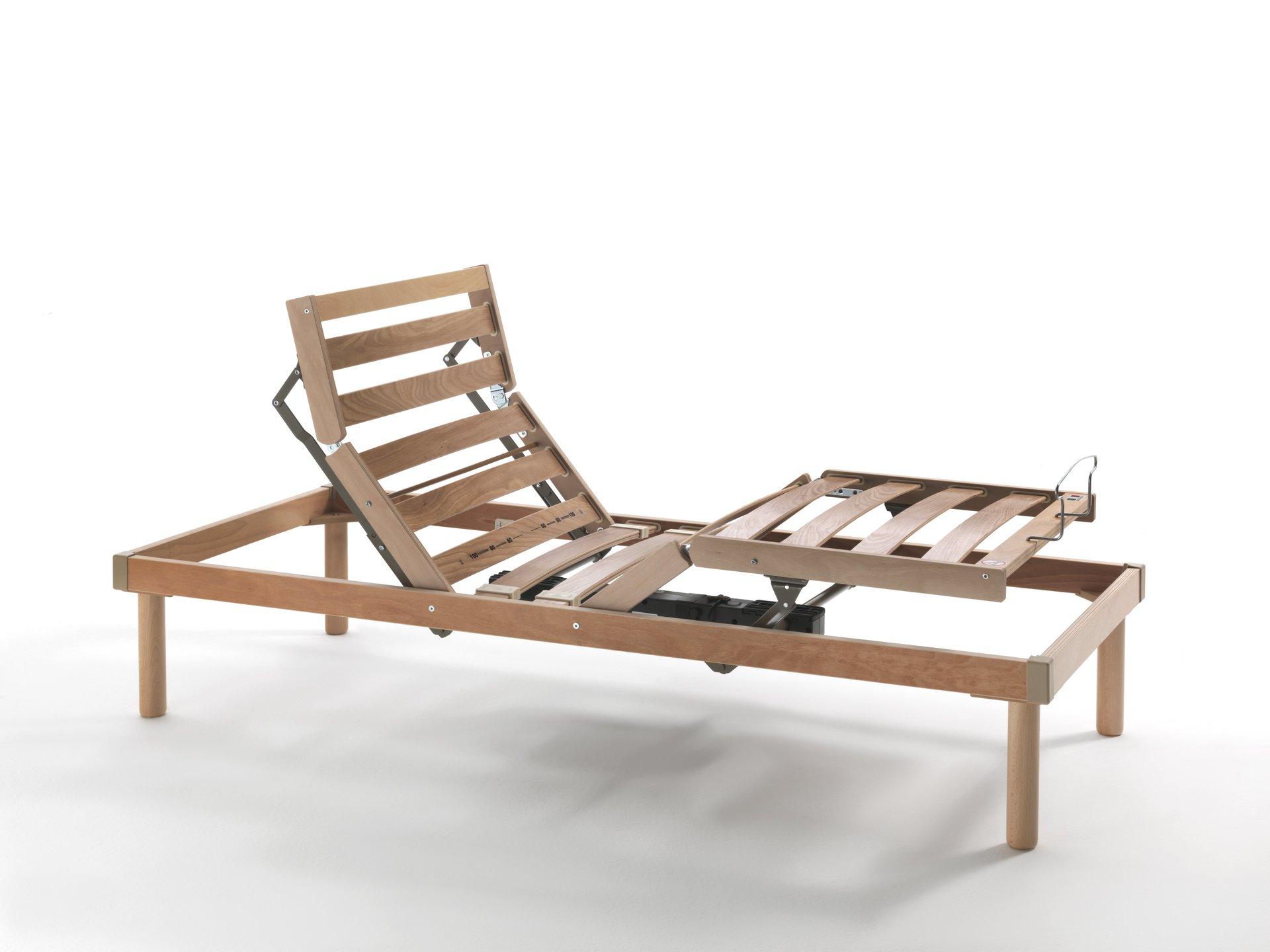 struttura a doghe in legno reclinabile
