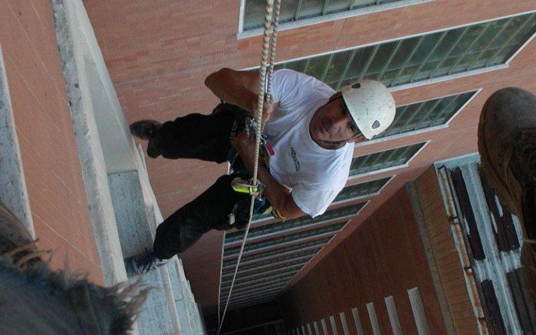 lattoneria edilizia acrobatica livorno