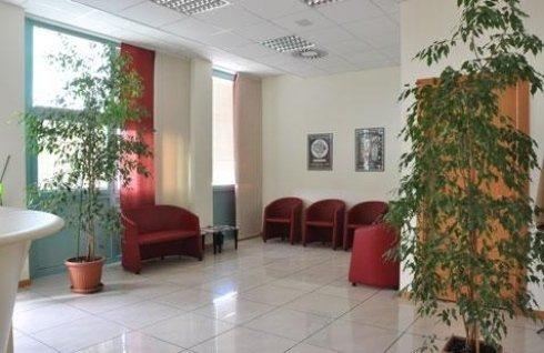 vista laterale della sala d'attesa