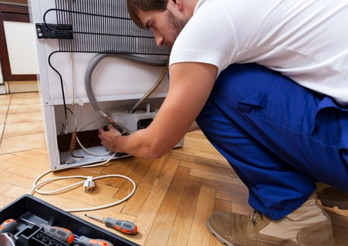 Dependable expert providing appliance repair services in Bloomfield, NY