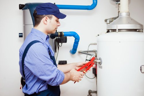 Professional providing fantastic appliance repair service in Bloomfield, NY