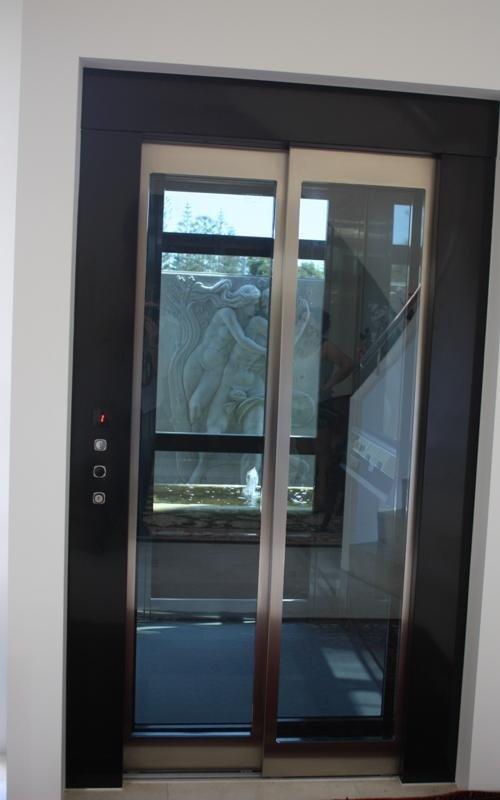 Interno ascensore modello Safari - Viale Ascensori