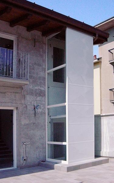 Ascensore esterno palazzo - Viale Ascensori
