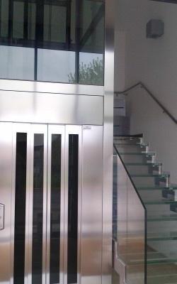 Ascensore condominiale in acciaio - Torino