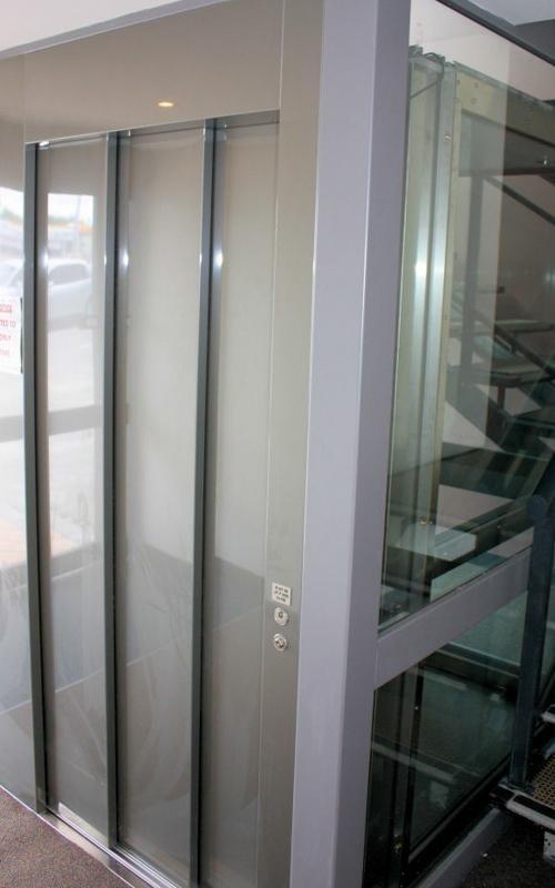 Vista ascensore a vetri - Viale Ascensori