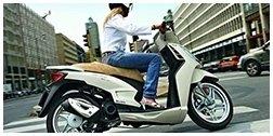riparazione di scooter