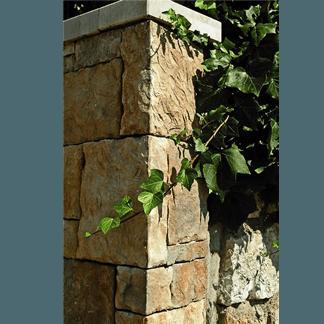 muri pietra