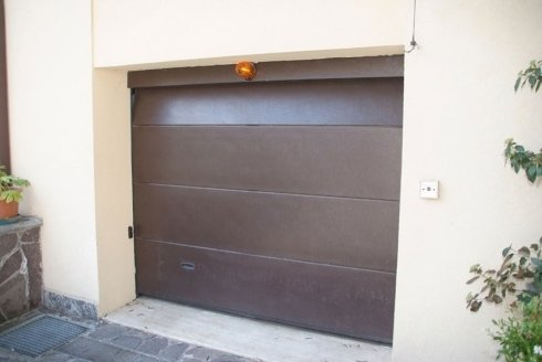 serranda porta garage con automatismo