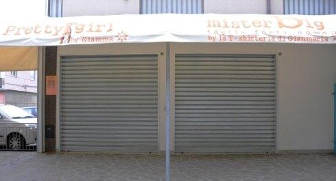 serranda sezionale per negozi