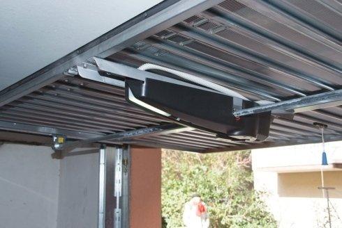 Installazione porte basculanti - Rimini - Pari Lazzaro