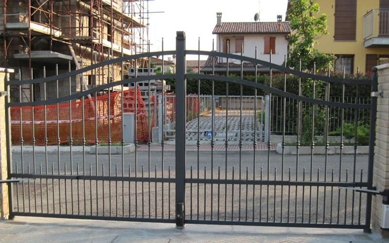 cancelli ingresso ferro