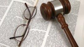 assistenza per negoziazioni e stesura accordi di licenza