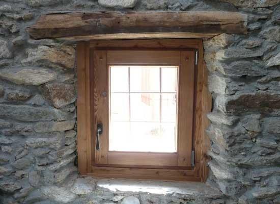 Dettaglio lucernario in legno