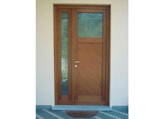 Portoncino ingresso legno e vetro