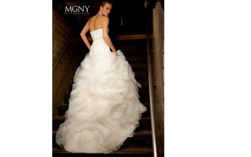 Abiti per le nozze MGNY