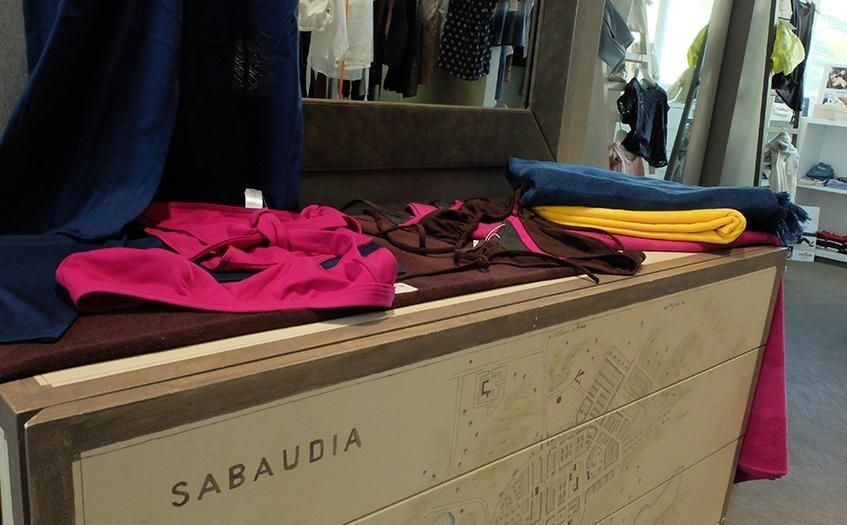 Paradisi abbigliamento donna a Sabaudia