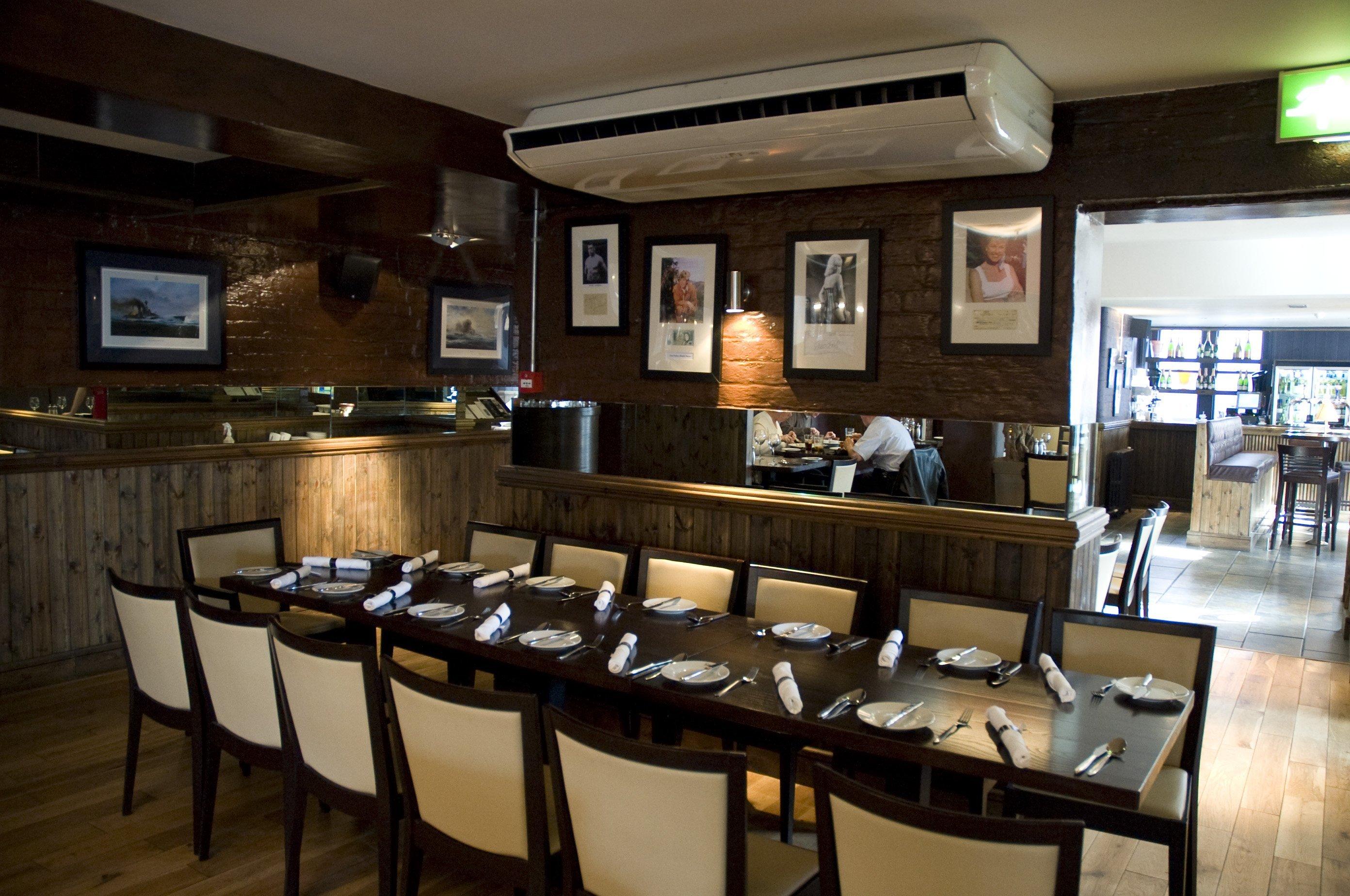 Restaurant air conditioning installation