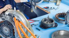 motore elettrico in montaggio
