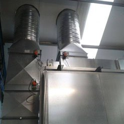 Extraction on a Haltec spray booth