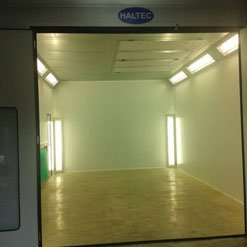 Single entry point on a spray booth