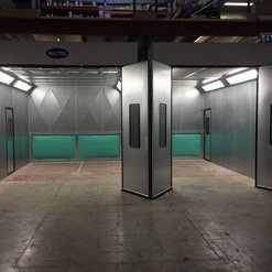 A new dual spray booth