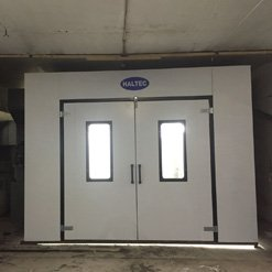 The vehicle entry point of a Haltec spray booth