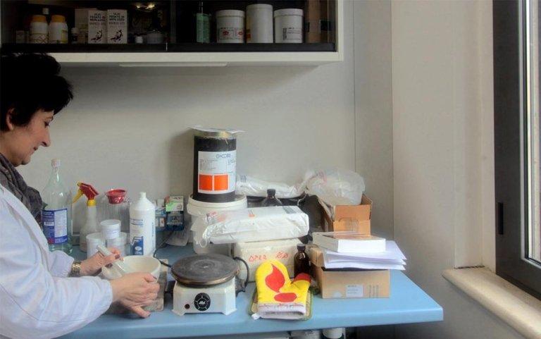 Laboratorio galenico, preparazioni galeniche, preparazioni magistrali, Farmacia Rieti, Farmacie Rieti, Farmacisti Rieti, vendita farmaci e medicinali, Rieti, Farmacie di Turno Rieti