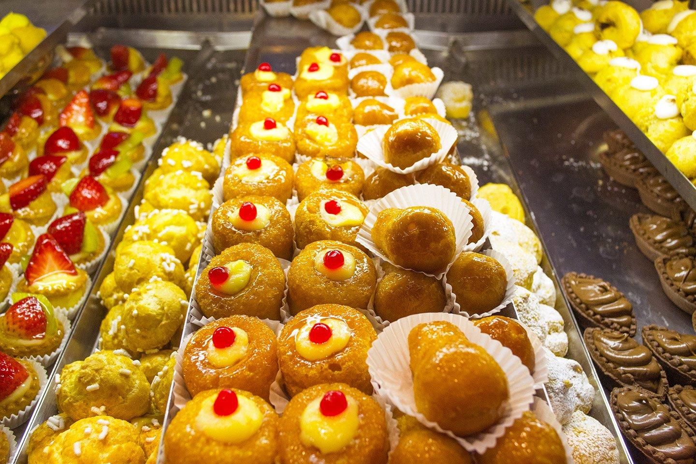 baba napoletani e altri dolcetti