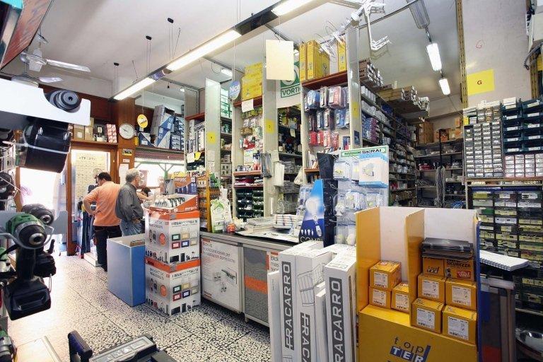 Bancone del negozio GS Elettrica
