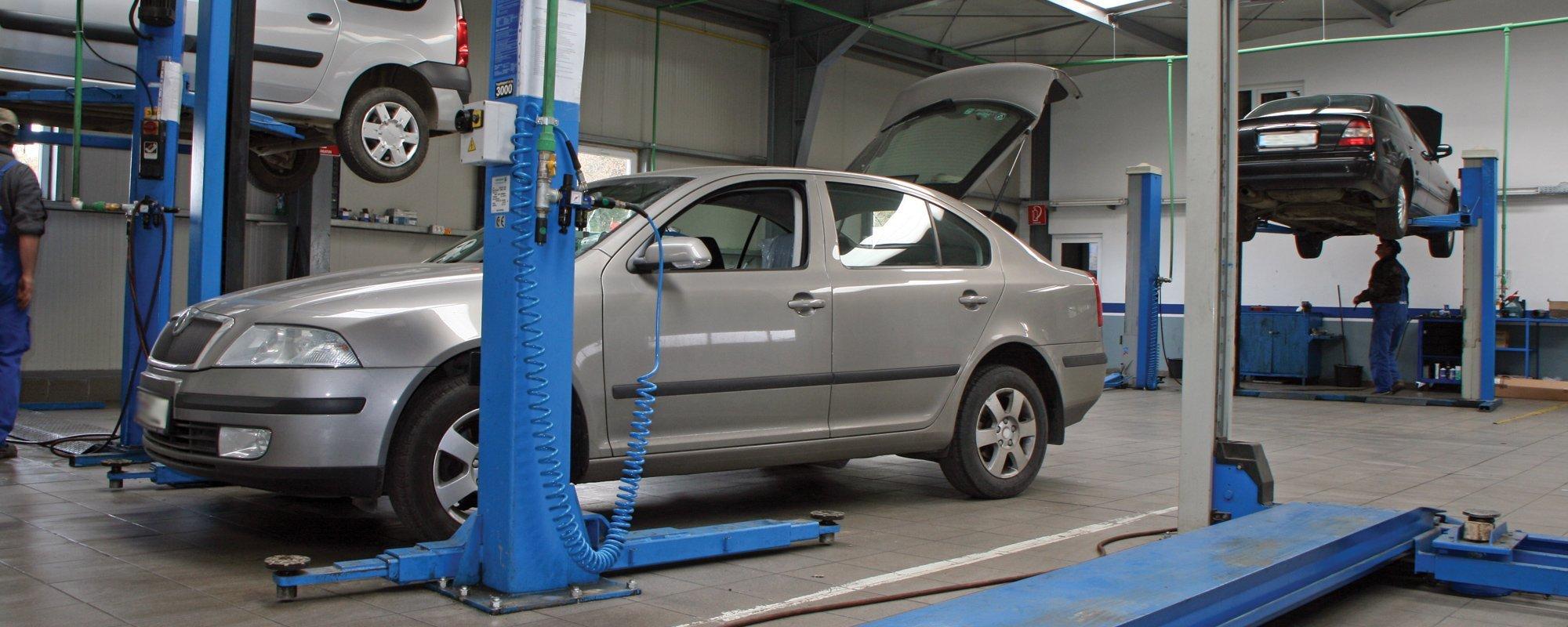 Car being repaired at the repair shop