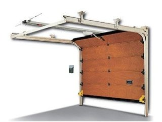 Servizi di assistenza e montaggio per serrature