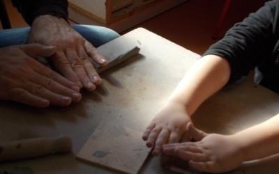 la creta e le mani
