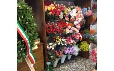 Composizioni di fiori finti Bergamo