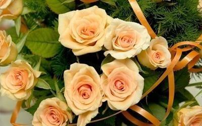 Mazzo con rose delicate