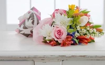 Bouquet con fiori misti