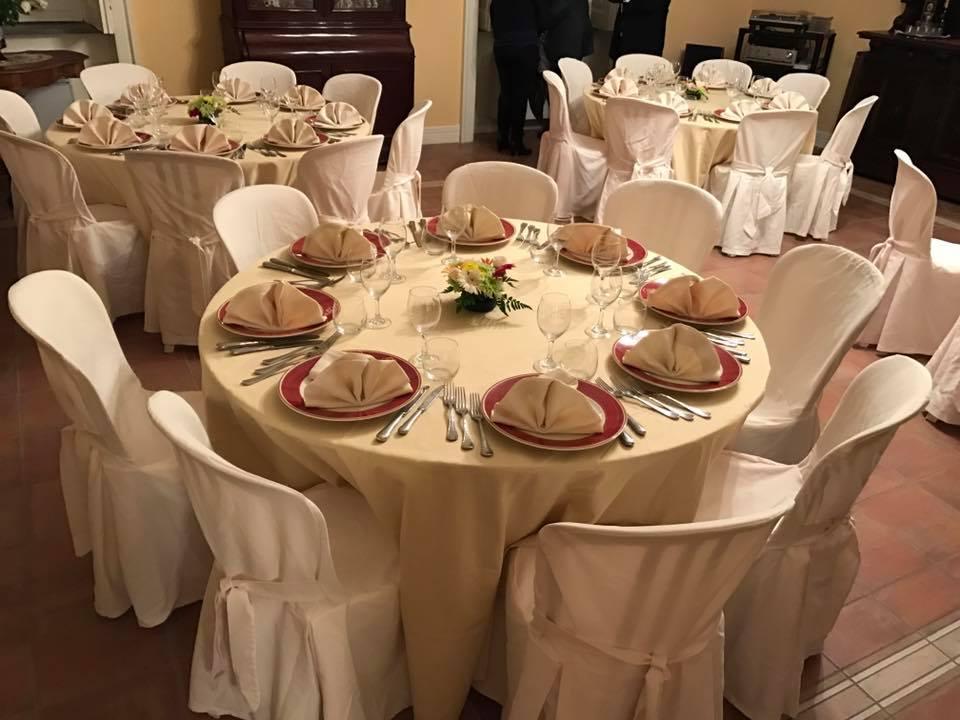 La locanda di Mimí a Caserta - tavoli apparecchiati per celebrazioni