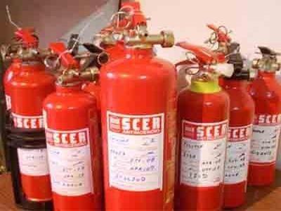 Estintorib della SCER Antincendio do Bari